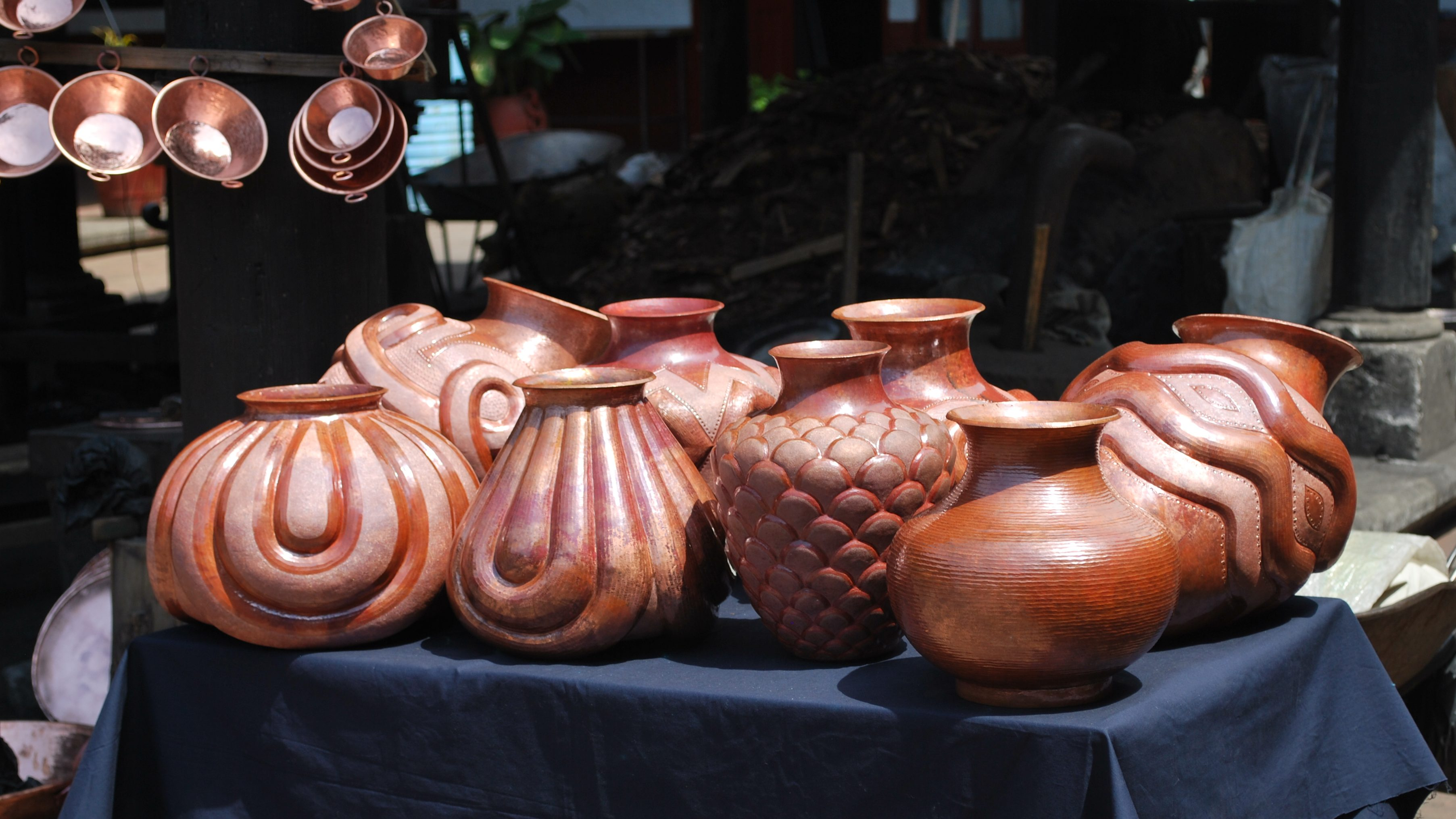 Image: Michoacan artisan copper vessels