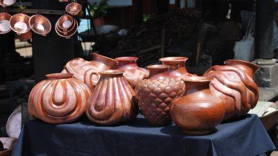 Image: Michoacan copper vessels