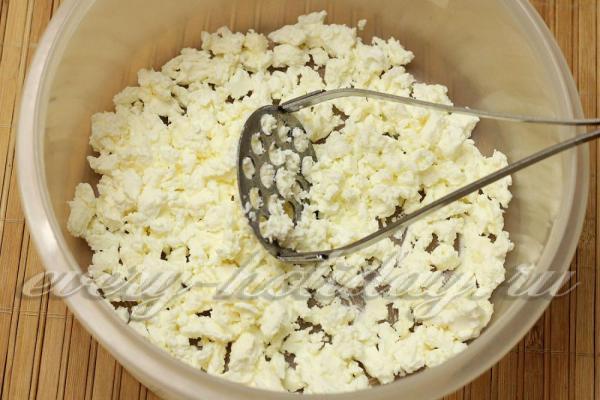 Сырники из творога в духовке: рецепт
