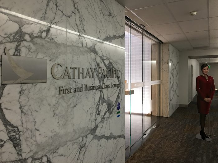 cathay pacific lounge san francisco sfo entrance 700x525 - Cathay Pacific Lounge San Francisco SFO review