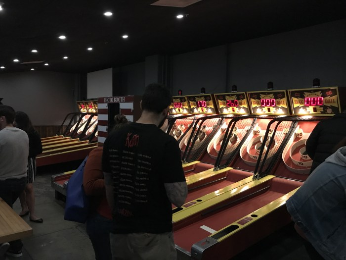 arts district brewing skeeball 700x525 - The best craft beer in Downtown Los Angeles
