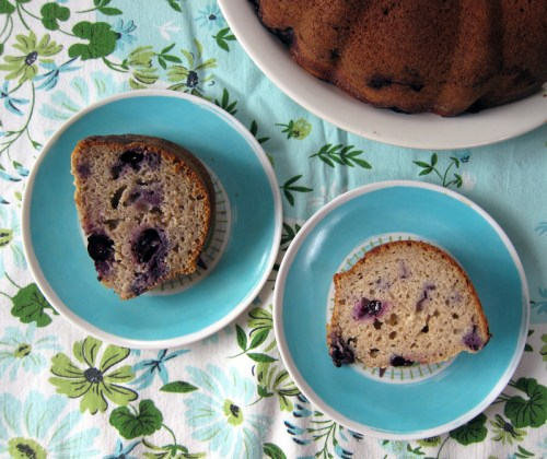 the breakfast bundt: buckwheat bundt cake with blueberries