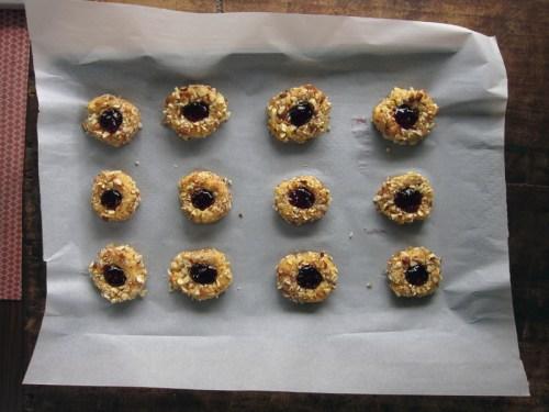 raspberry thumbprint cookies   everybody likes sandwiches