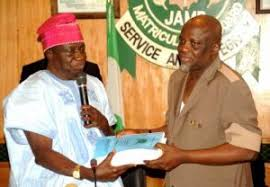 Questions arise over JAMB's remittance; NANS praises board, ask Buhari to spread searchlight