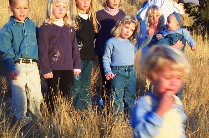 photo shoot tears: everydaybloom.com