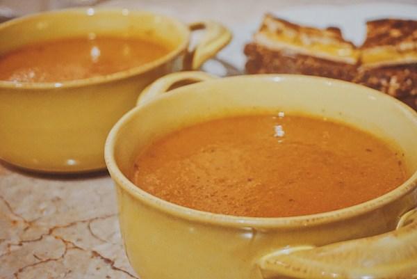 Crockpot Parmesan Basil Tomato Soup | Crockpot Tomato Soup | Crockpot Soup Recipe