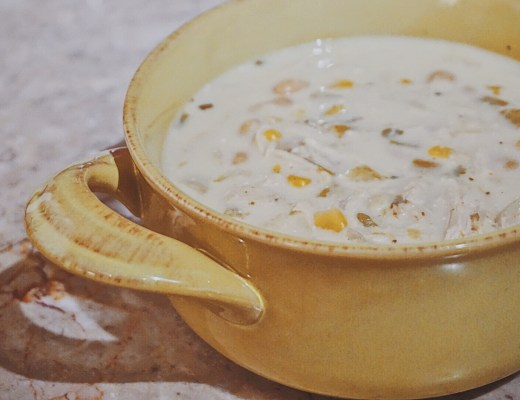 Creamy Crockpot White Chicken Chili | Crockpot Soup Recipe | Crockpot Chili Recipe