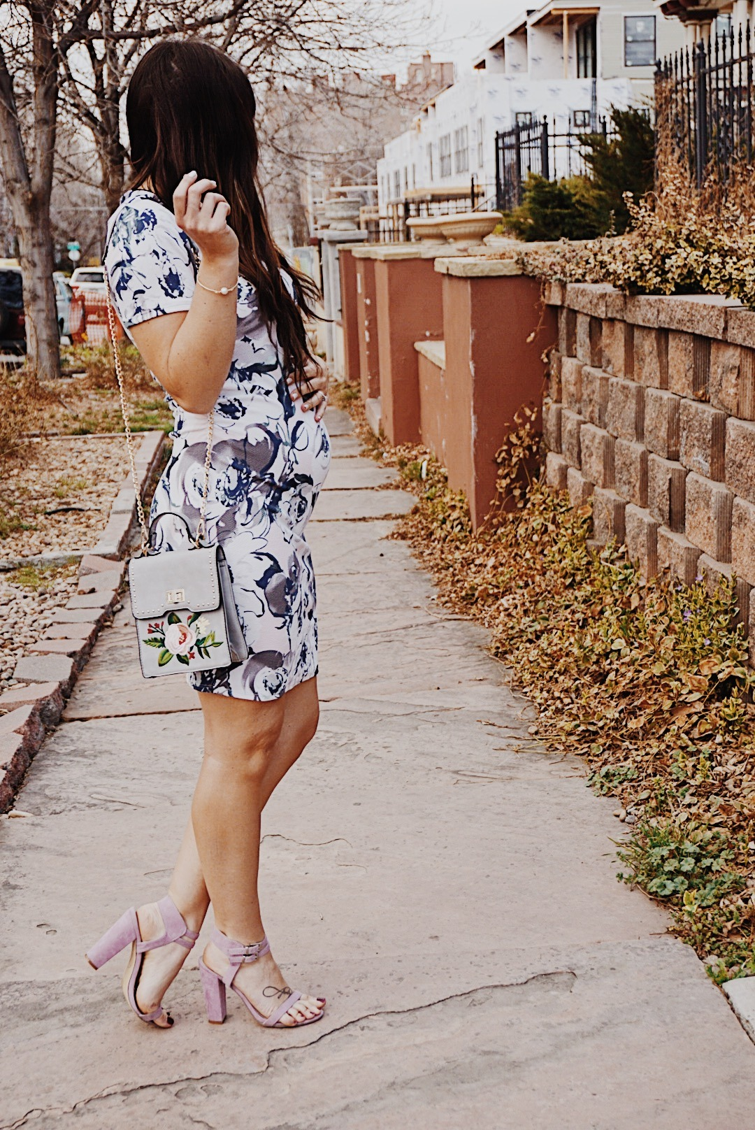 Why Floral Print Will Never Go Out of Style | Floral Print Style | Maternity Spring Style | Easter Sunday Dress | Maternity Easter Dress