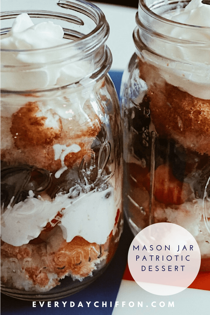 Mason Jar Patriotic Dessert | Fourth of July Dessert