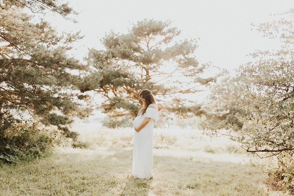 Boho Maternity Shoot | Everyday Mama