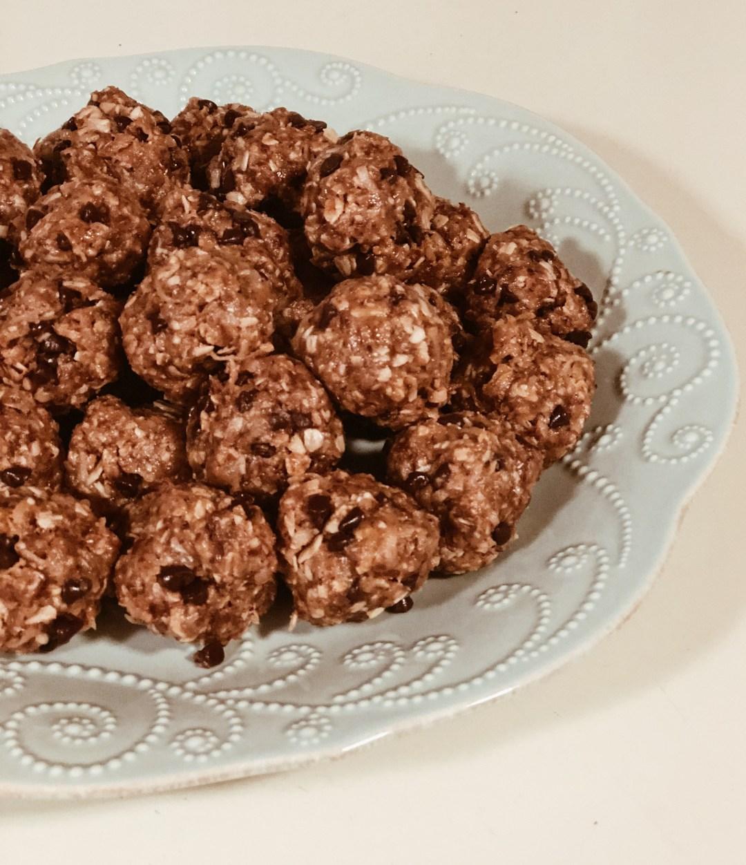 Energy Bits AKA Booby Balls | Snacks for a nursing mama | Lactation Snack | Everyday Mama