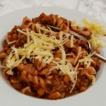 One-pot mince and pasta with grated cheese
