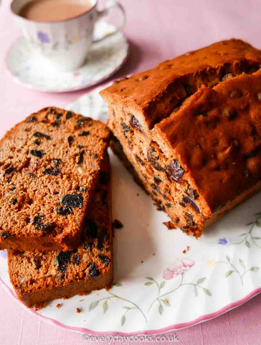 Everyday-Fruit-Cake.jpg?w=900&ssl=1