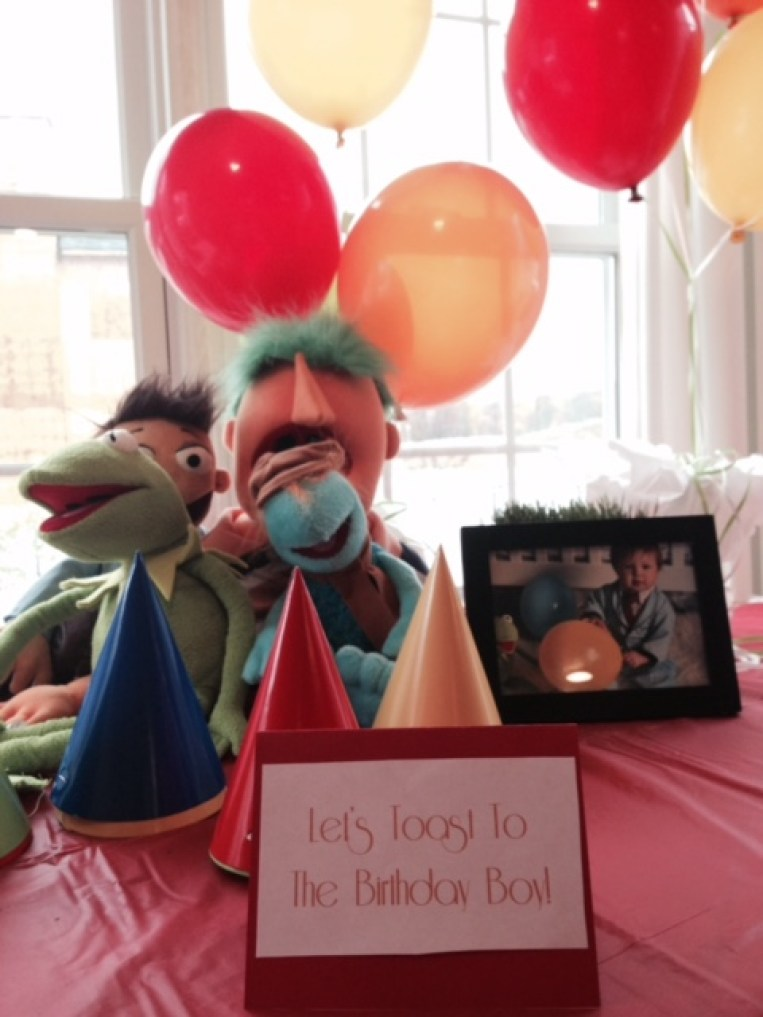 Muppets Themed Birthday Party + Free Printables | #DIY #Free #Printables #Birthdayparty #Birthday #Decor #Muppets #favors #Invitations #Games