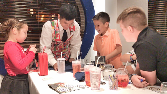 Disney Cruise dining with children