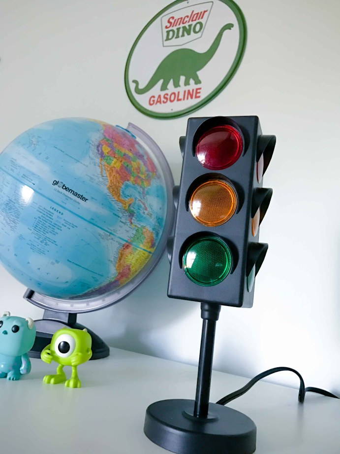 Sinclair Dino Gasoline sign and stop light themed desk lamp