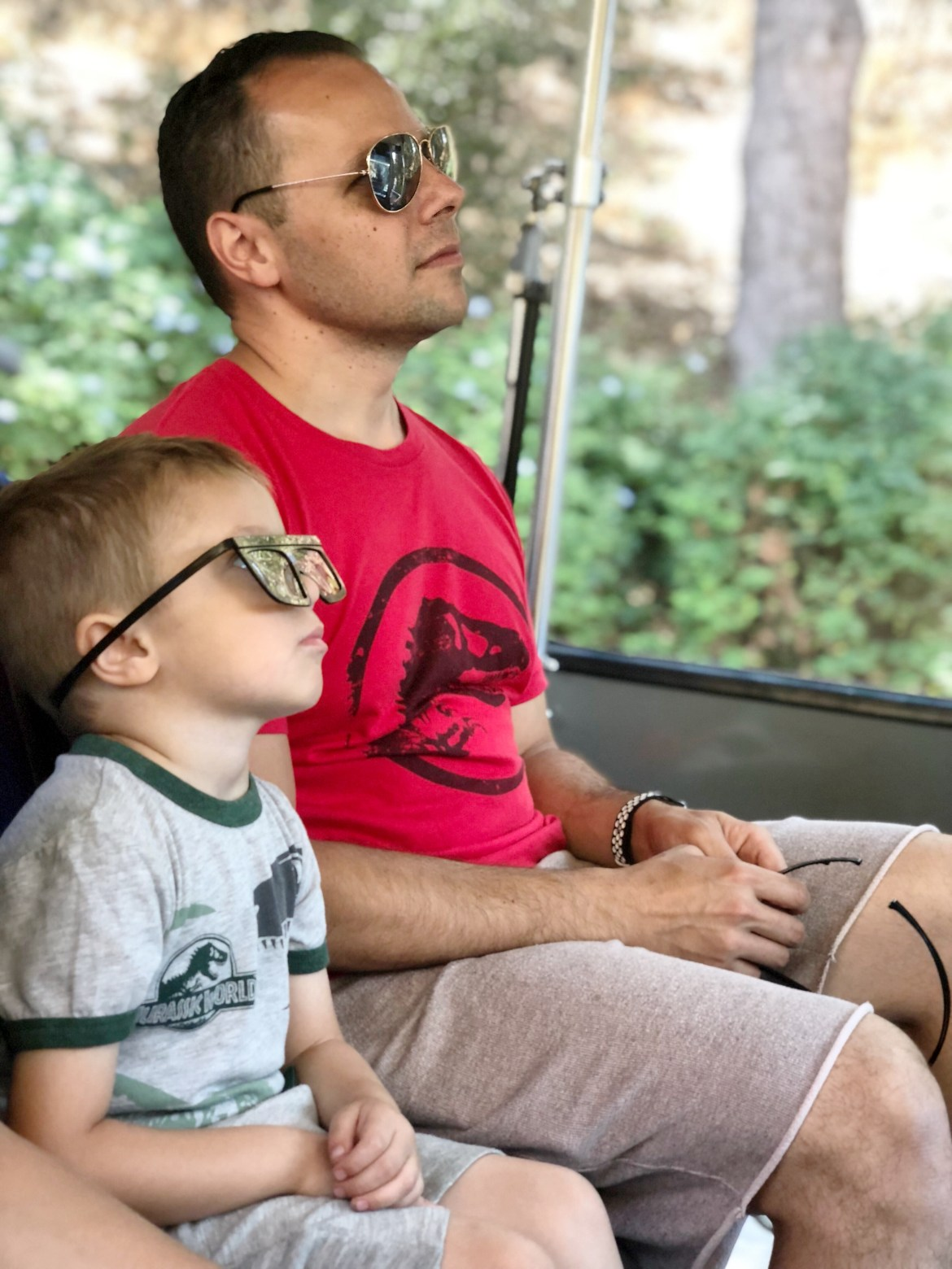 A dad at Universal Studios on Hollywood with his son