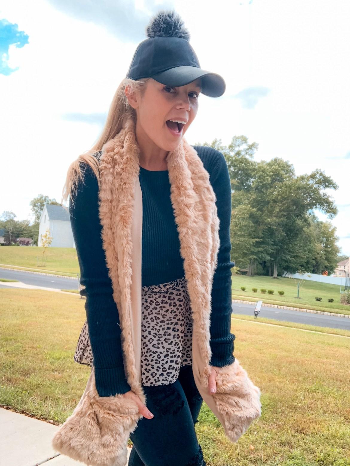 Corine Ingrassia- Mom style With Cabi - pocket scarf
