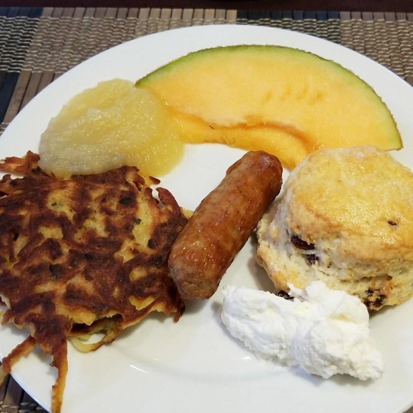 IMG_20170914_082816_042 hotel breakfast