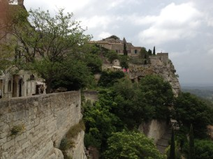 The ancient village of Les Baux clinging to the cliffside...