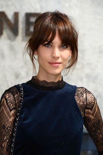 everydayfacts fringes hair alexa chung