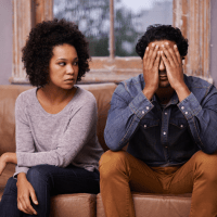 5 Signs That You Are In An Unhealthy Relationship