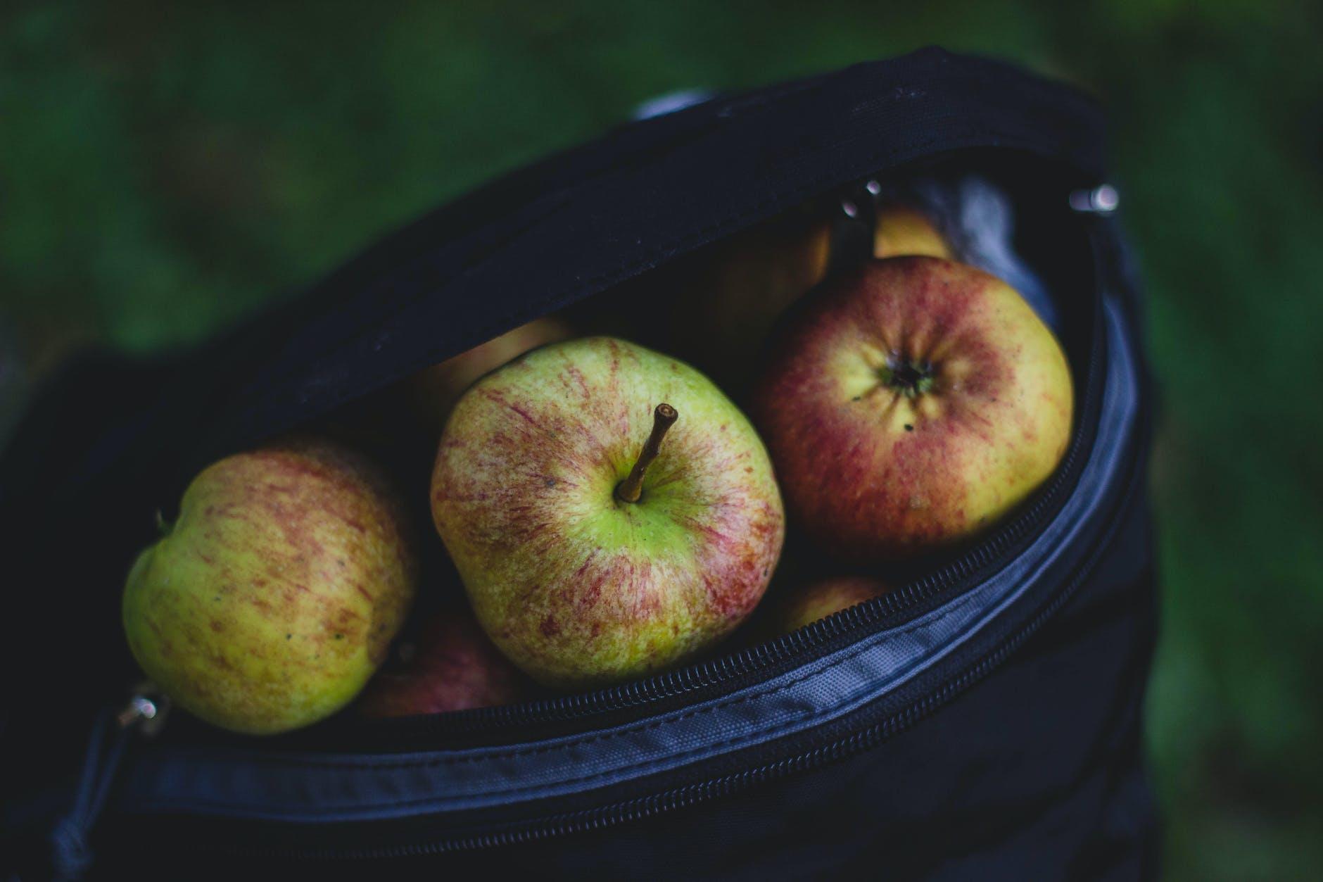 apple bag delicious food