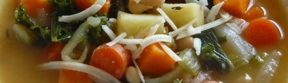 Tuscan White Bean Soup w/ Kale & Potatoes