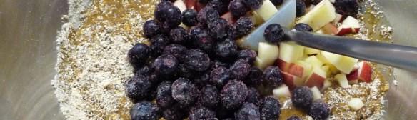Flaxseed Muffins w/ Apple 'n Blueberries