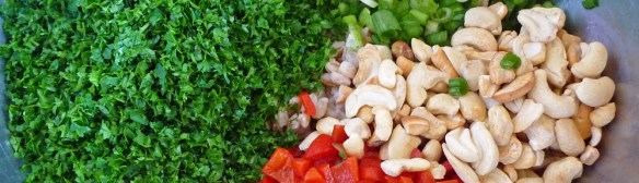 Parsley Farro Salad with Red Pepper, Cashews & Feta