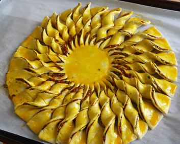 Tarte Soleil – Puff Pastry Sun Tart
