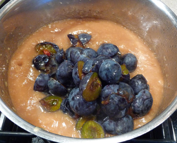 Plum Apple Butter – Plum Near to Perfect in Every Way