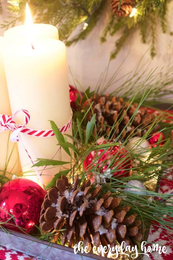 Pinecone Candle Tray | The Everyday Home Blog | www.everydayhomeblog.com