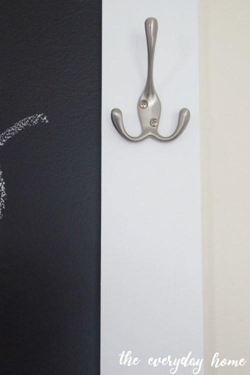 Custom Chalkboard Hook | The Everyday Home | www.everydayhomeblog.com