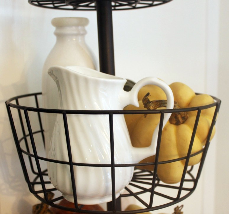 Decorating a Metal Tiered Stand | The Everyday Home | www.everydayhomeblog.com