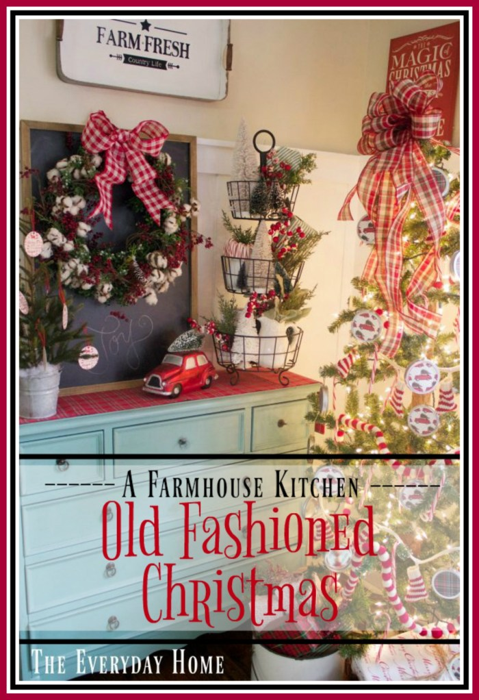 an-old-fashioned-christmas-breakfast-room-in-the-breakfast-room