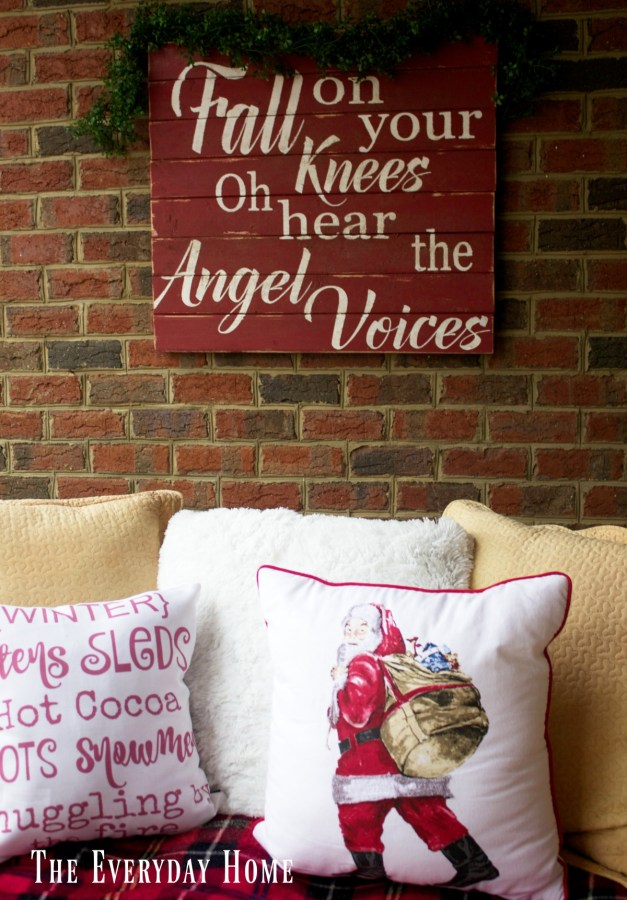 christmas-front-porch-swing-pillows