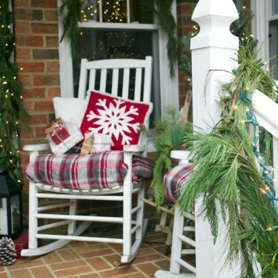 Old Fashioned Christmas Front Porch