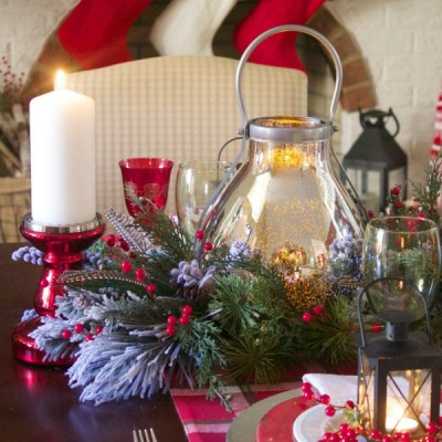 Pretty in Plaid Christmas Tablescape