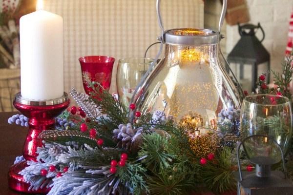 Pretty in Plaid Christmas Tablescape