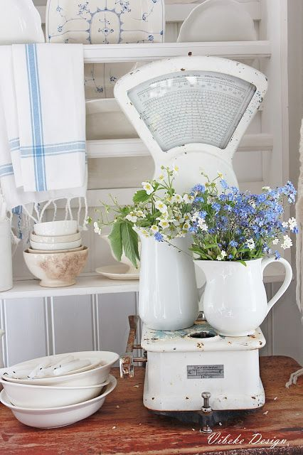 10 Ways To Use White Farmhouse Pitchers The Everyday Home