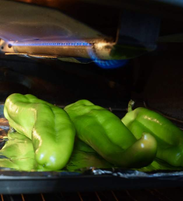 Simple ways to roast green chiles at home #roastedgreenchiles