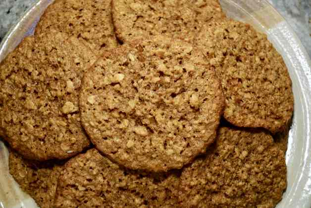 Crispy and Chewy Coconut Flour Oatmeal Cookies