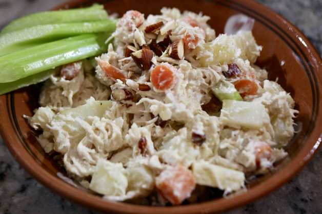 rich and creamy ensalada de pollo (chicken salad) #ensaladadepollo #chickensalad
