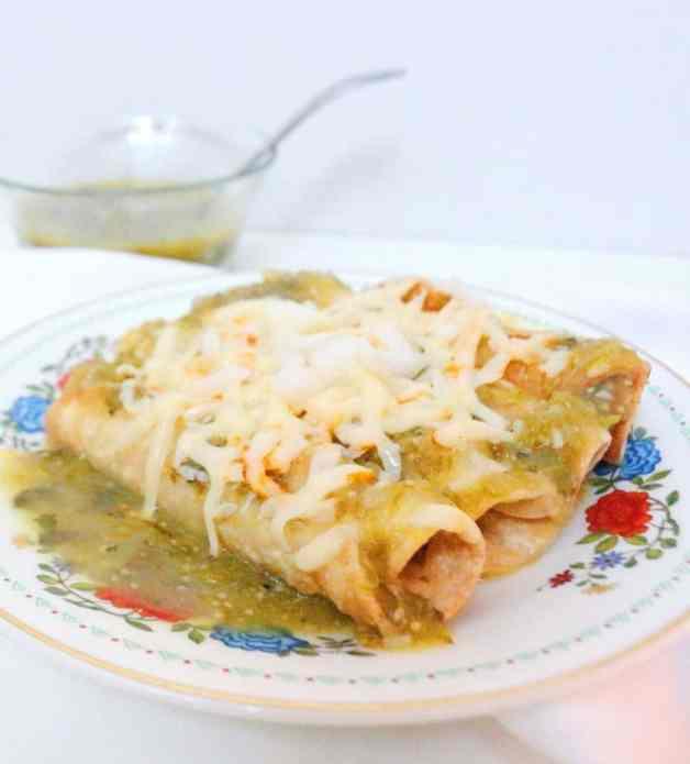 Chicken Enchiladas Suizas (Dairy-Free Option) #greenenchiladas #enchiladassuizas #dairyfreeenchiladas