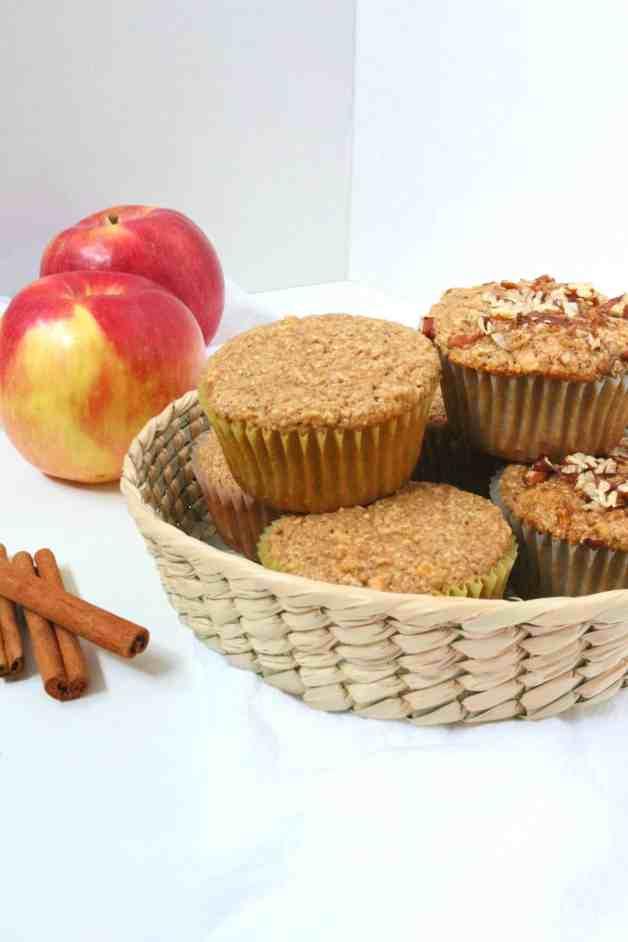 Gluten-Free Cinnamon Apple Muffins #glutenfreeapplemuffins #appleoatmuffins