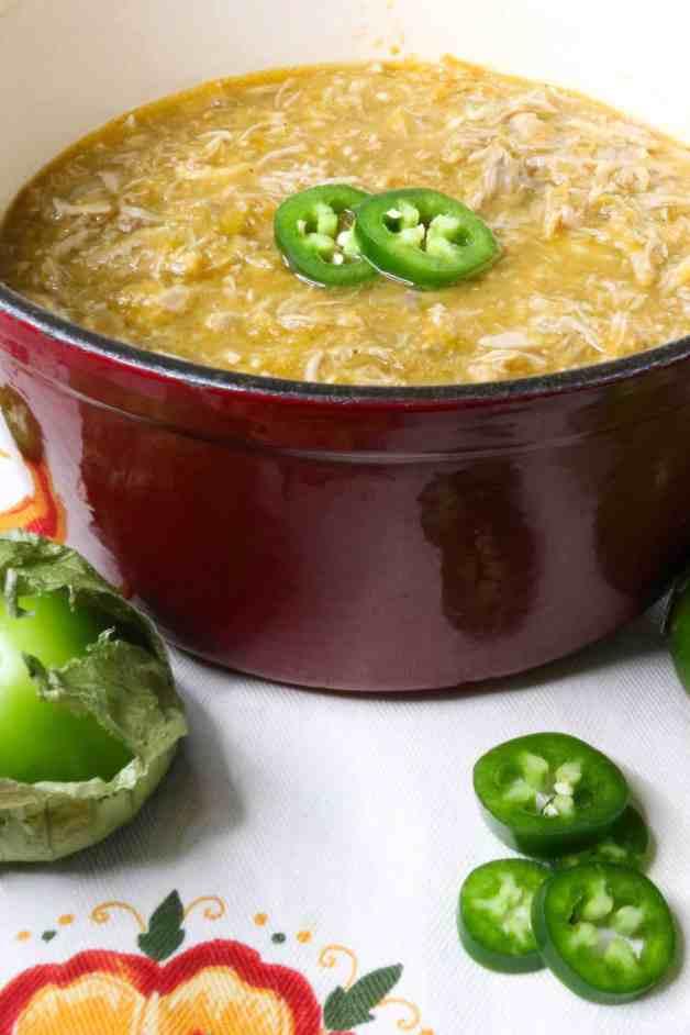 Tender Shredded Pork in Salsa Verde #whole30recipes #porkinsalsaverde #salsaverdepork