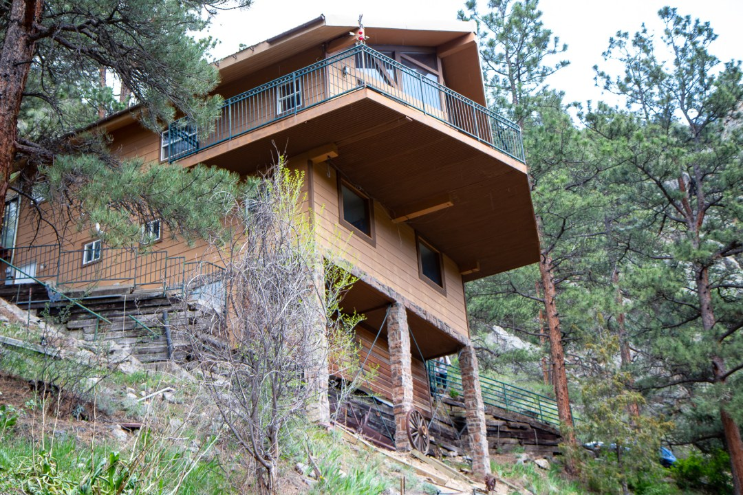 Our Colorado cabin before tour.