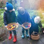 Paaseieren zoeken met Pasen