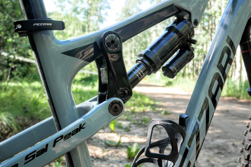 The Tetra Link Suspension Run by a RockShox Super Deluxe RC3